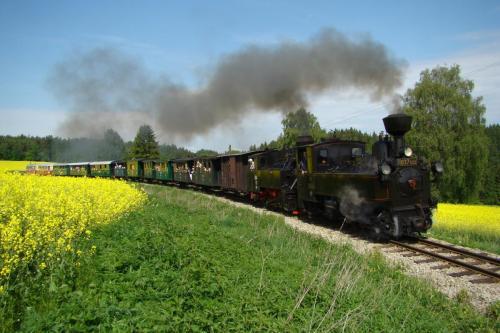 Parní vlak Dačice